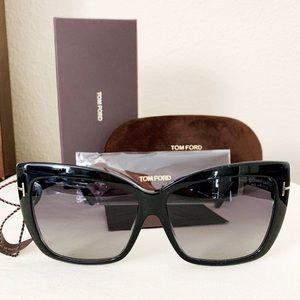 3d6360a1aad Tom Ford Accessories - NWT Tom Ford Polarized Sunglasses